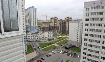 Санкт-Петербургда 23 яшар қизни 16-қаватдан улоқтирган ўзбекистонлик йигит узоқ йилга қамалди