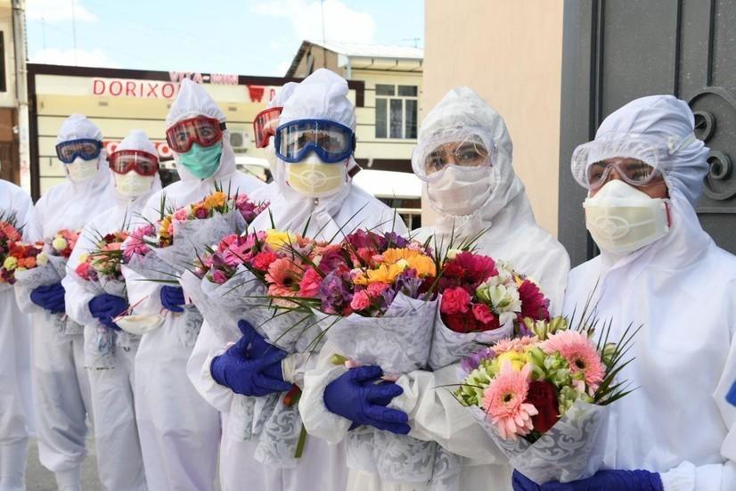 O'zbekistonda koronavirusdan tuzalganlar 2500 nafarga yaqinlashdi