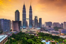 Хоразм вилояти ҳокими Малайзияга йўл олмоқда