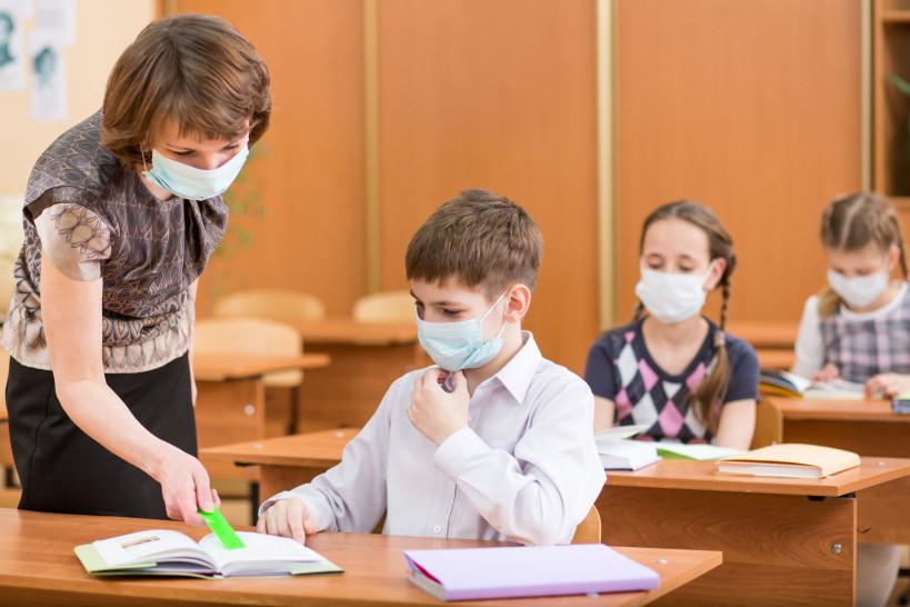 Ўзбекистонда пандемия вақтида мактабларга қўйиладиган санитария талаблари белгиланди