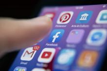 Ўзбекистон Facebook, TikTok, Telegram ва бошқа компанияларга талабнома юборди