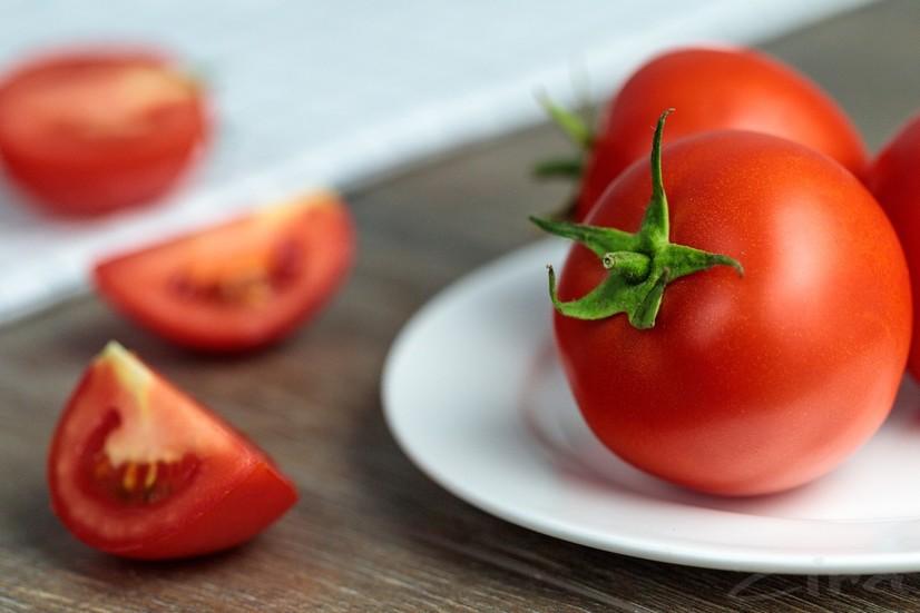 Ўзбекистон олимлари коронавирусга қарши помидор-вакцина етиштиришни бошлади