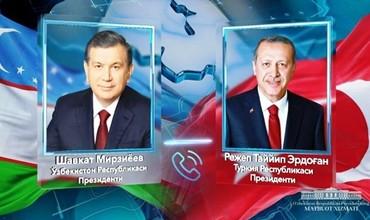 Шавкат Мирзиёев Туркия президенти билан телефон орқали мулоқот қилди