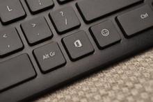 Microsoft 25 йилда илк бор клавиатурасига янги тугмаларни қўшди