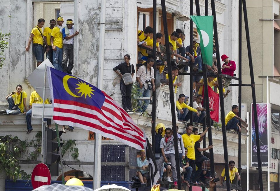 Ташқи ишлар вазирлиги Малайзияга кетаётган ўзбекистонликларни огоҳлантирди